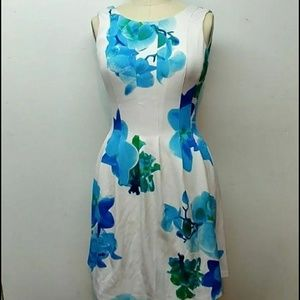Calvin Klein Blue Floral Flare dress with pockets